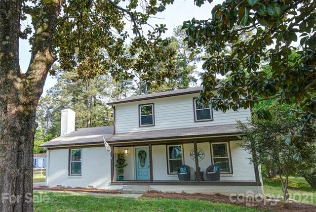 13725 Sustare Court, Matthews, North Carolina 28105-3623, 3 Bedrooms Bedrooms, ,3 BathroomsBathrooms,Single Family,For Sale,13725 Sustare Court,2,3734169