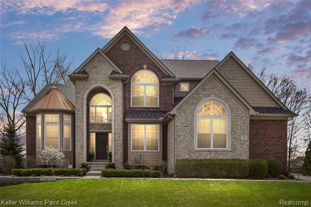 47 GREENAN Lane, Lake Orion, Michigan 48362, 4 Bedrooms Bedrooms, ,5 BathroomsBathrooms,Single Family,For Sale,47 GREENAN Lane,2,2210026303