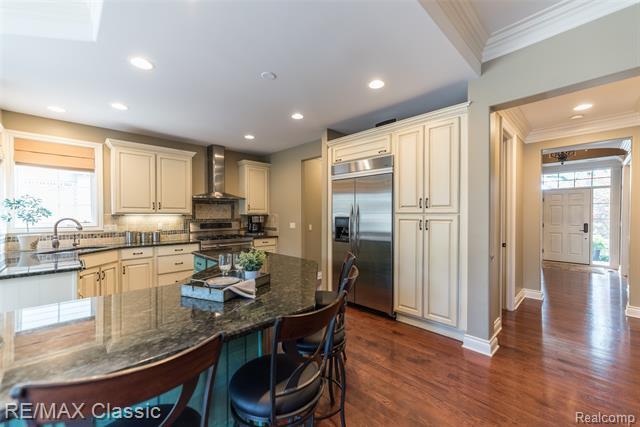 1869 SHIPMAN Boulevard, Birmingham, Michigan 48009, 5 Bedrooms Bedrooms, ,5 BathroomsBathrooms,Single Family,For Sale,1869 SHIPMAN Boulevard,2,2210018564