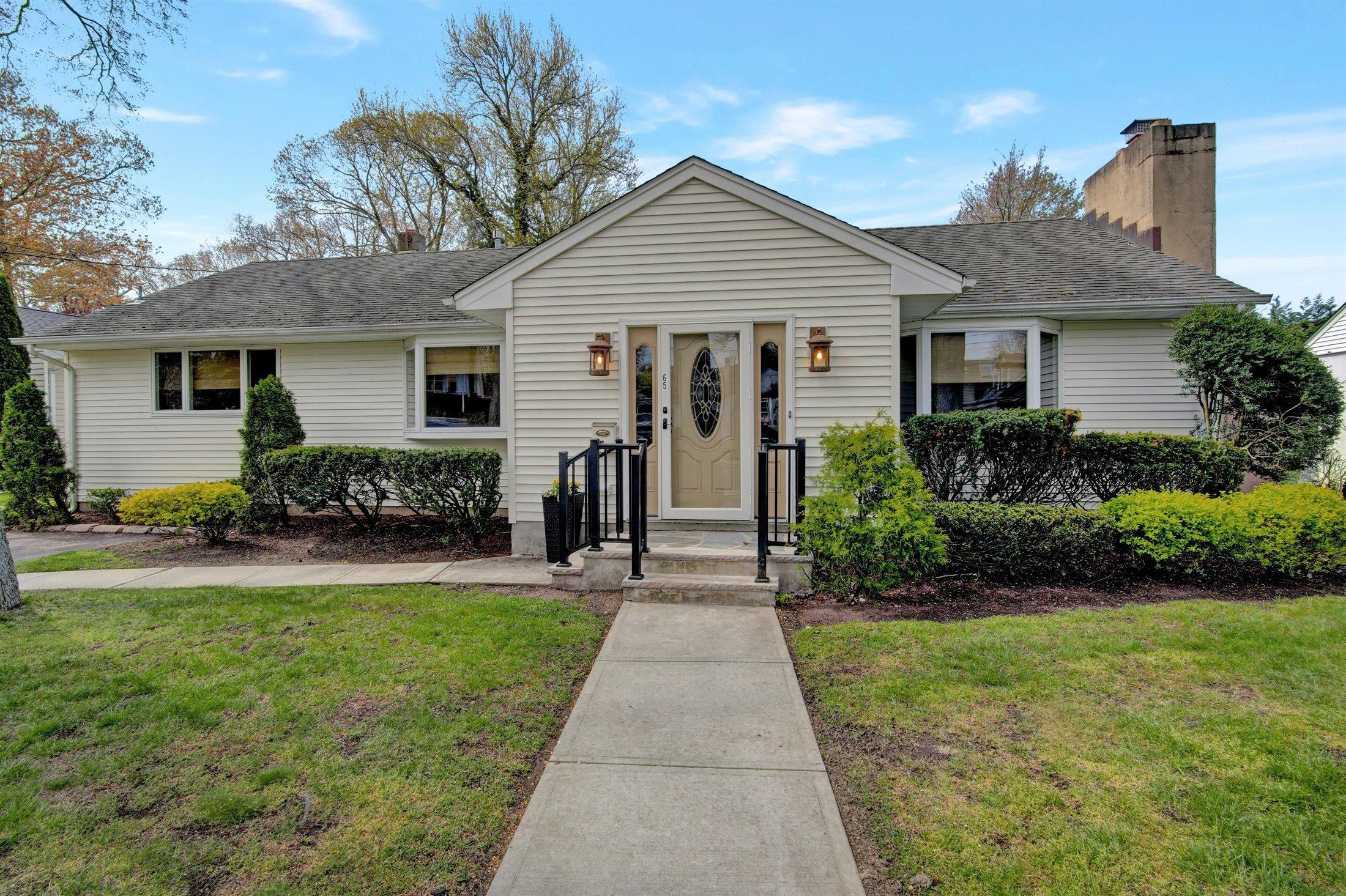 65 Deal Lake Point Road, Ocean Twp, New Jersey 07712, 3 Bedrooms Bedrooms, ,2 BathroomsBathrooms,Single Family,For Sale,65 Deal Lake Point Road,1,22112892