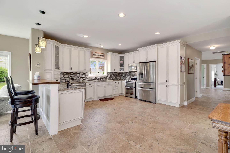 11116 BIRD RIVER GROVE RD, WHITE MARSH, Maryland 21162, 4 Bedrooms Bedrooms, ,4 BathroomsBathrooms,Single Family,For Sale,11116 BIRD RIVER GROVE RD,MDBC527026