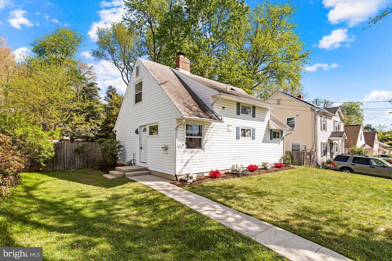 5915 VANDEGRIFT AVE, ROCKVILLE, Maryland 20851, 4 Bedrooms Bedrooms, ,2 BathroomsBathrooms,Single Family,For Sale,5915 VANDEGRIFT AVE,MDMC754058