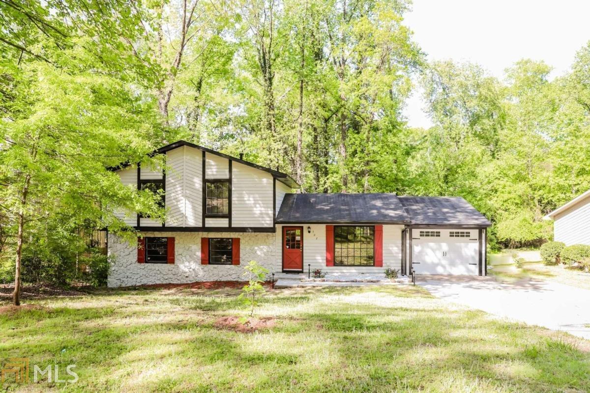 702 Pebble Creek Dr, Norcross, Georgia 30093, 4 Bedrooms Bedrooms, ,3 BathroomsBathrooms,Single Family,For Sale,702 Pebble Creek Dr,1,8968947