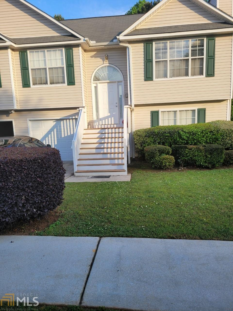 318 Summer Hill Cir, Stockbridge, Georgia 30281, 4 Bedrooms Bedrooms, ,3 BathroomsBathrooms,Single Family,For Sale,318 Summer Hill Cir,1,8968955