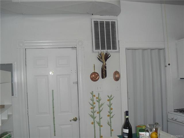 1104 Oakwood Avenue, Richmond, Virginia 23223, ,Multifamily,For Sale,1104 Oakwood Avenue,2,2111962