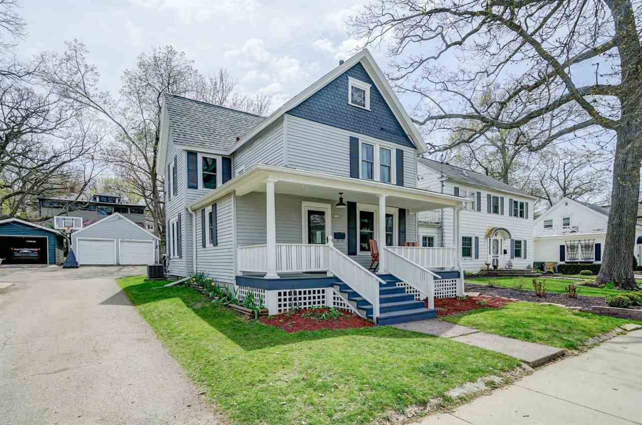2115 Kendall Ave, MADISON, Wisconsin 53726, 4 Bedrooms Bedrooms, ,2 BathroomsBathrooms,Single Family,For Sale,2115 Kendall Ave,2,1907658