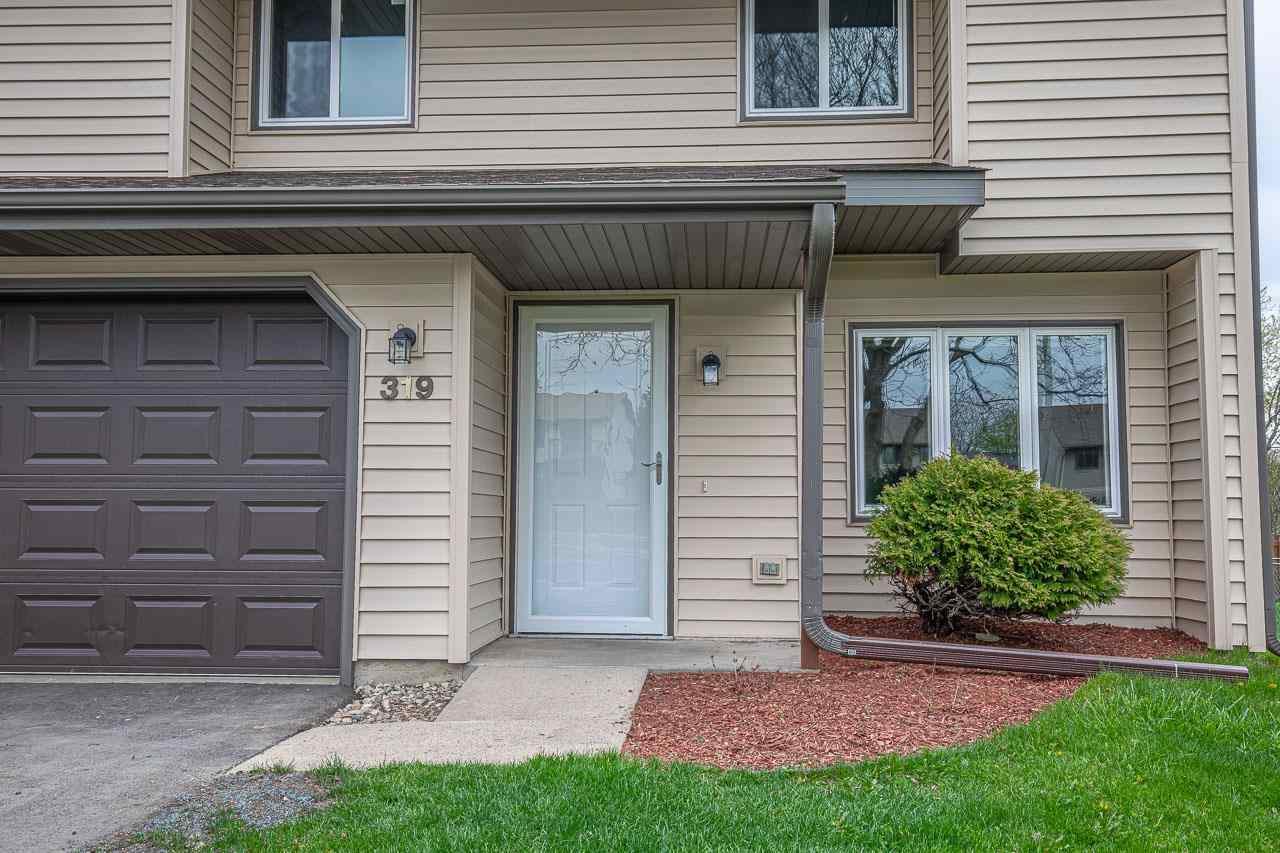 319 Shane Ct, Sun Prairie, Wisconsin 53590, 3 Bedrooms Bedrooms, ,2 BathroomsBathrooms,Single Family,For Sale,319 Shane Ct,1907825