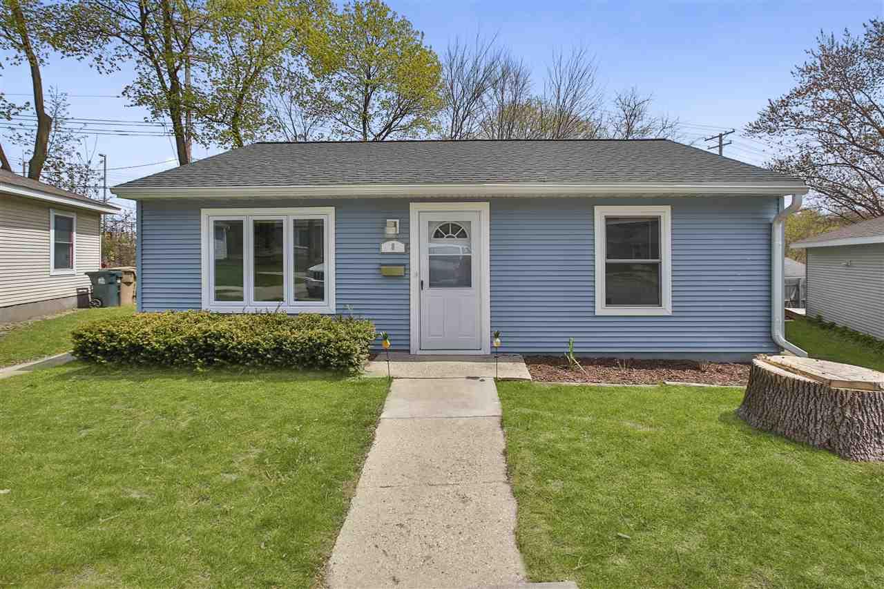 8 Craig Ave, MADISON, Wisconsin 53705, 2 Bedrooms Bedrooms, ,1 BathroomBathrooms,Condominium,For Sale,8 Craig Ave,1906793