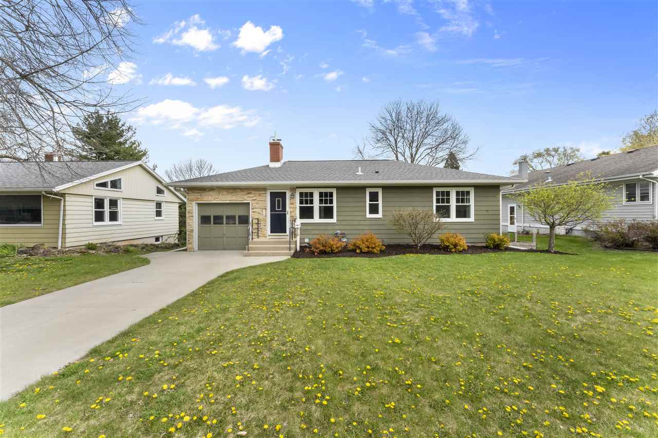625 Frederick Ln, MADISON, Wisconsin 53711, 2 Bedrooms Bedrooms, ,2 BathroomsBathrooms,Single Family,For Sale,625 Frederick Ln,1,1907636