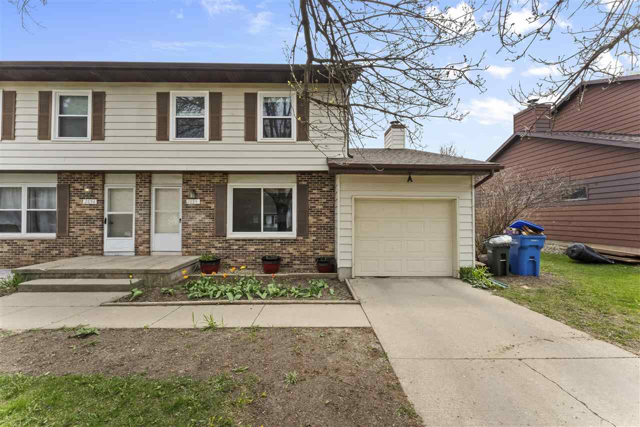 2654 Chesapeake Dr, Fitchburg, Wisconsin 53719, 3 Bedrooms Bedrooms, ,2 BathroomsBathrooms,Residential,For Sale,2654 Chesapeake Dr,1907740