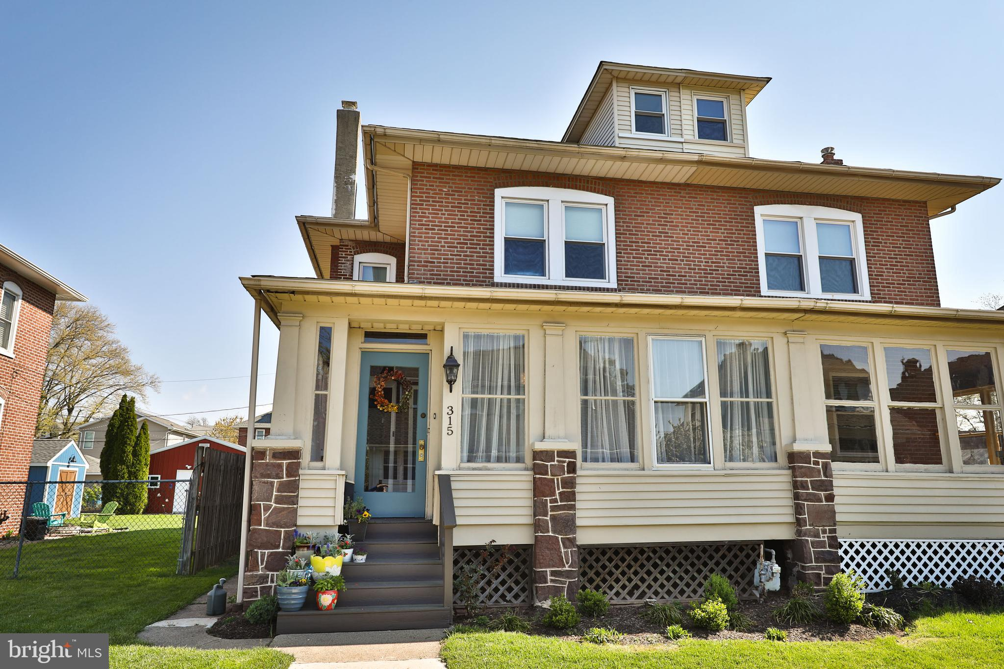 315 DELAWARE AVENUE, LANSDALE, Pennsylvania 19446, 3 Bedrooms Bedrooms, ,2 BathroomsBathrooms,Townhouse,For Sale,315 DELAWARE AVENUE,PAMC690706