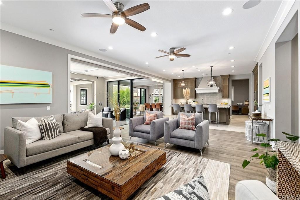 106 Lanzon, Irvine, California 92602, 5 Bedrooms Bedrooms, ,6 BathroomsBathrooms,Single Family,For Sale,106 Lanzon,PW21056593