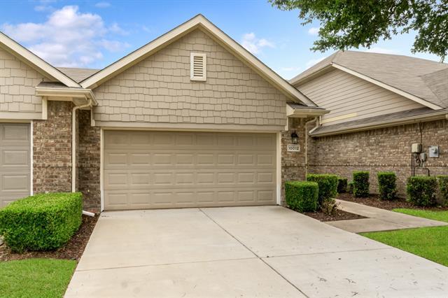 10012 Spire Lane, Plano, Texas 75025, 2 Bedrooms Bedrooms, ,2 BathroomsBathrooms,Townhouse,For Sale,10012 Spire Lane,1,14565374
