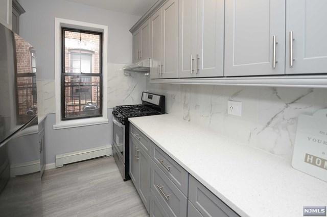 258 Clendenny Avenue, Jersey City, New Jersey 07304, 2 Bedrooms Bedrooms, ,1 BathroomBathrooms,Condominium,For Sale,258 Clendenny Avenue,21015883