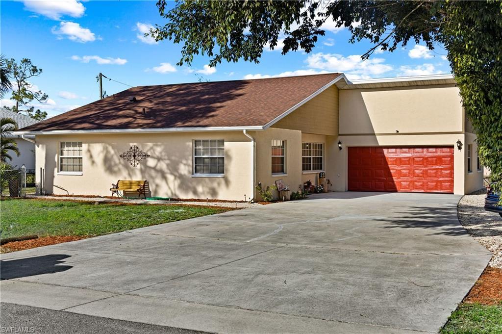 12051 Circle DR, BONITA SPRINGS, Florida 34135, 3 Bedrooms Bedrooms, ,2 BathroomsBathrooms,Single Family,For Sale,12051 Circle DR,221008040