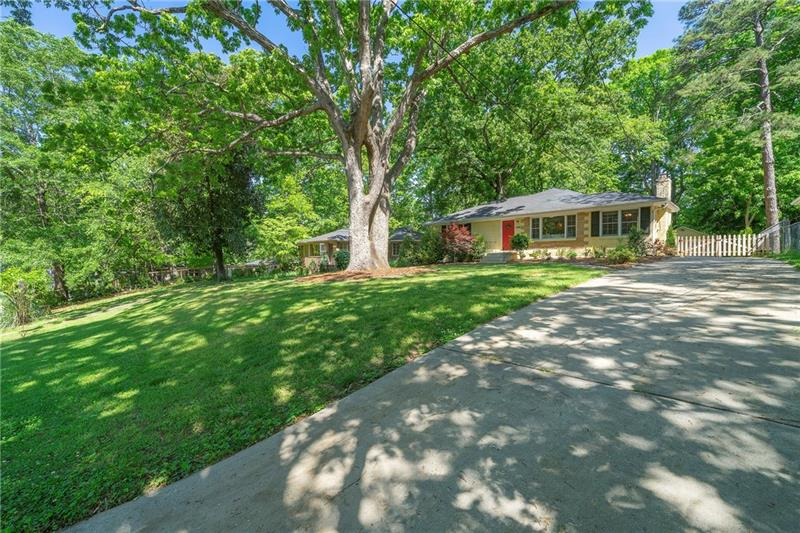 1196 Crestwood Drive SE, Atlanta, Georgia 30316, 3 Bedrooms Bedrooms, ,2 BathroomsBathrooms,Single Family,For Sale,1196 Crestwood Drive SE,6869240