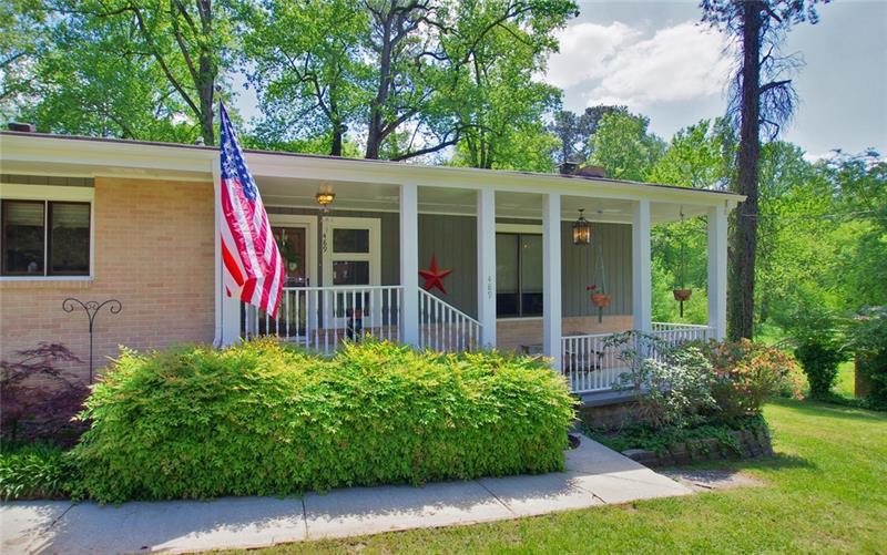 489 Susan Creek Drive, Stone Mountain, Georgia 30083, 3 Bedrooms Bedrooms, ,2 BathroomsBathrooms,Single Family,For Sale,489 Susan Creek Drive,1,6871676
