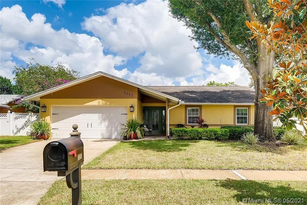 1311 Angeline Avenue, ORLANDO, Florida 32807, 3 Bedrooms Bedrooms, ,2 BathroomsBathrooms,Single Family,For Sale,1311 Angeline Avenue,A11036201