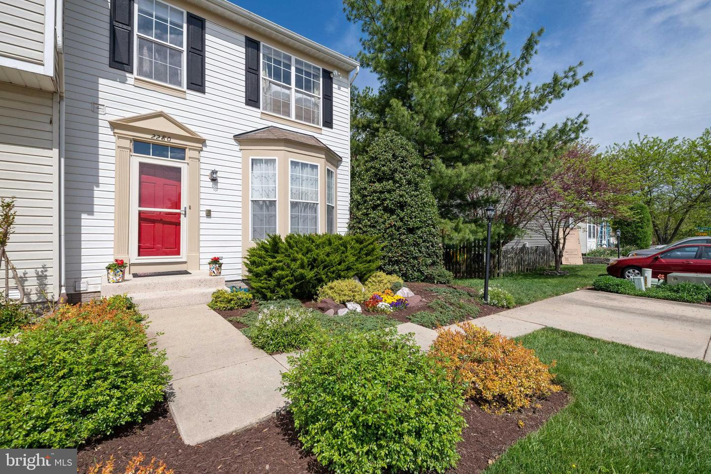 2280 INDIAN SUMMER DR, ODENTON, Maryland 21113, 3 Bedrooms Bedrooms, ,4 BathroomsBathrooms,Townhouse,For Sale,2280 INDIAN SUMMER DR,MDAA466800