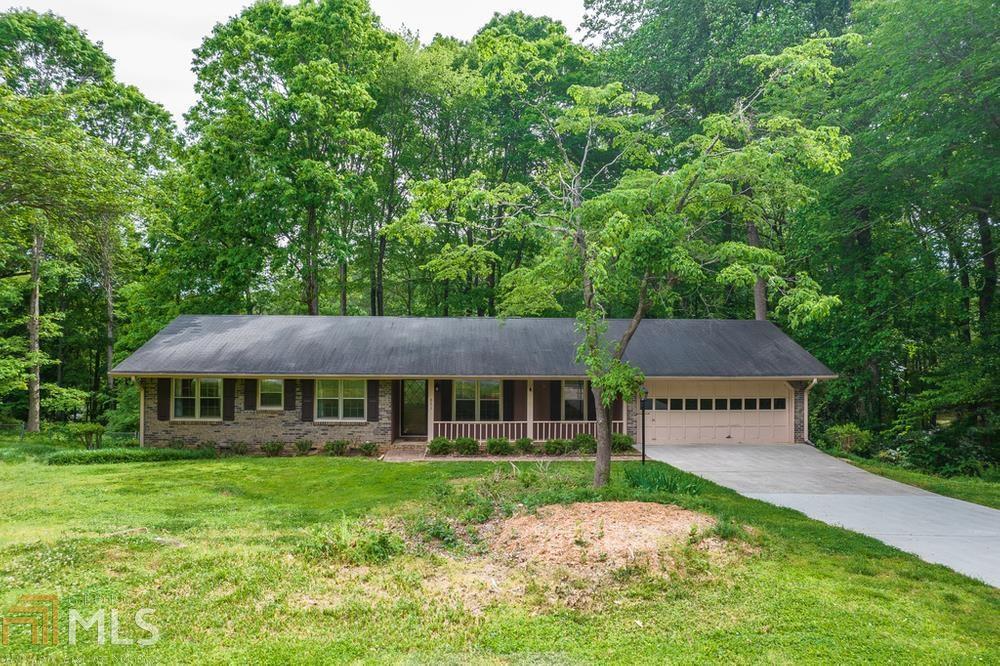 651 Mountainbrooke Cir, Stone Mountain, Georgia 30087-2808, 3 Bedrooms Bedrooms, ,2 BathroomsBathrooms,Single Family,For Sale,651 Mountainbrooke Cir,1,8970178