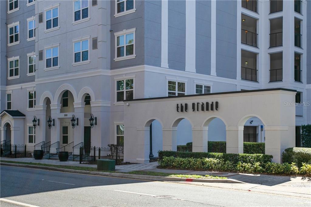 202 E SOUTH STREET, ORLANDO, Florida 32801, 2 Bedrooms Bedrooms, ,2 BathroomsBathrooms,Condominium,For Sale,202 E SOUTH STREET,1,O5925191