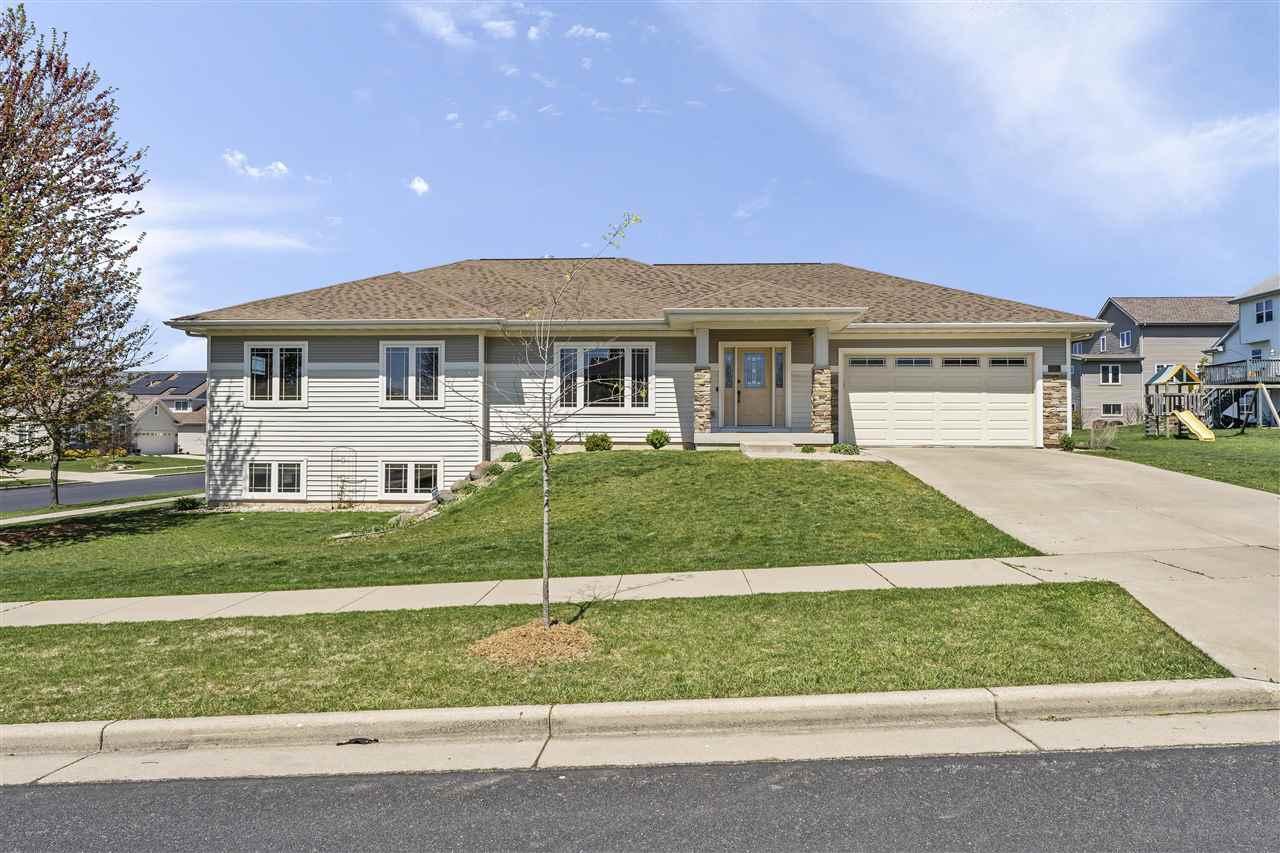 994 Edenberry Dr, Verona, Wisconsin 53593, 4 Bedrooms Bedrooms, ,3 BathroomsBathrooms,Single Family,For Sale,994 Edenberry Dr,1,1908112