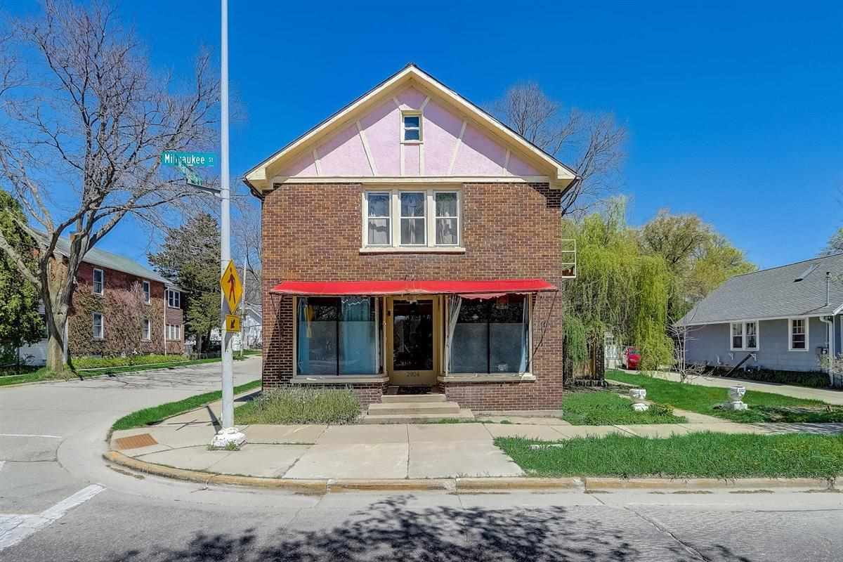 2904 Milwaukee St, MADISON, Wisconsin 53704, 5 Bedrooms Bedrooms, ,Multifamily,For Sale,2904 Milwaukee St,1908033