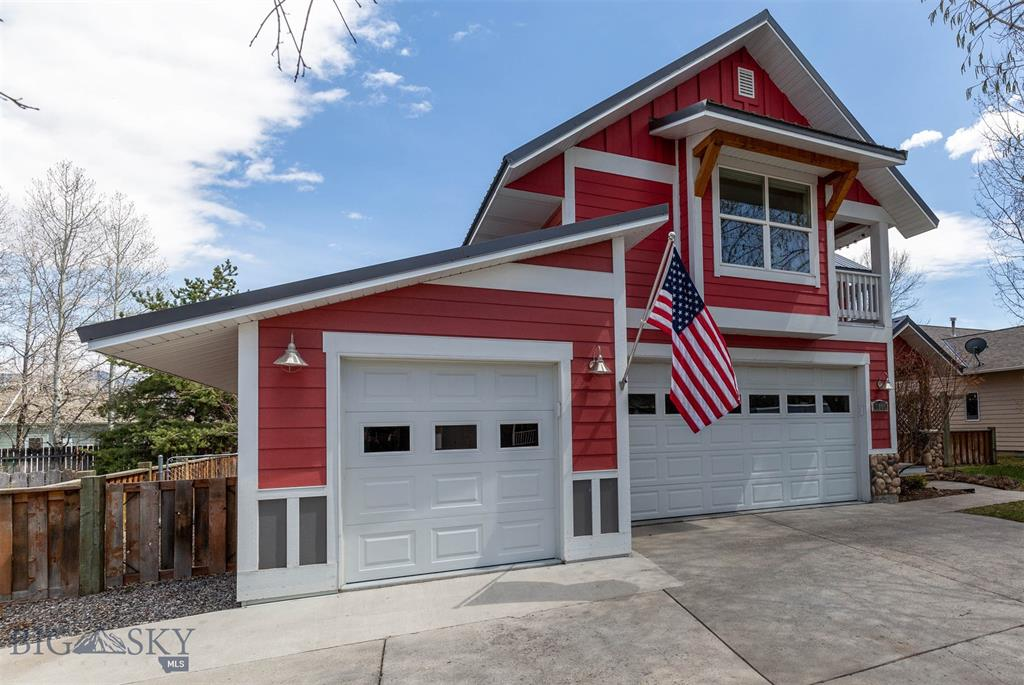1006 Brentwood Avenue, Bozeman, Montana 59718, 5 Bedrooms Bedrooms, ,4 BathroomsBathrooms,Single Family,For Sale,1006 Brentwood Avenue,2,357138