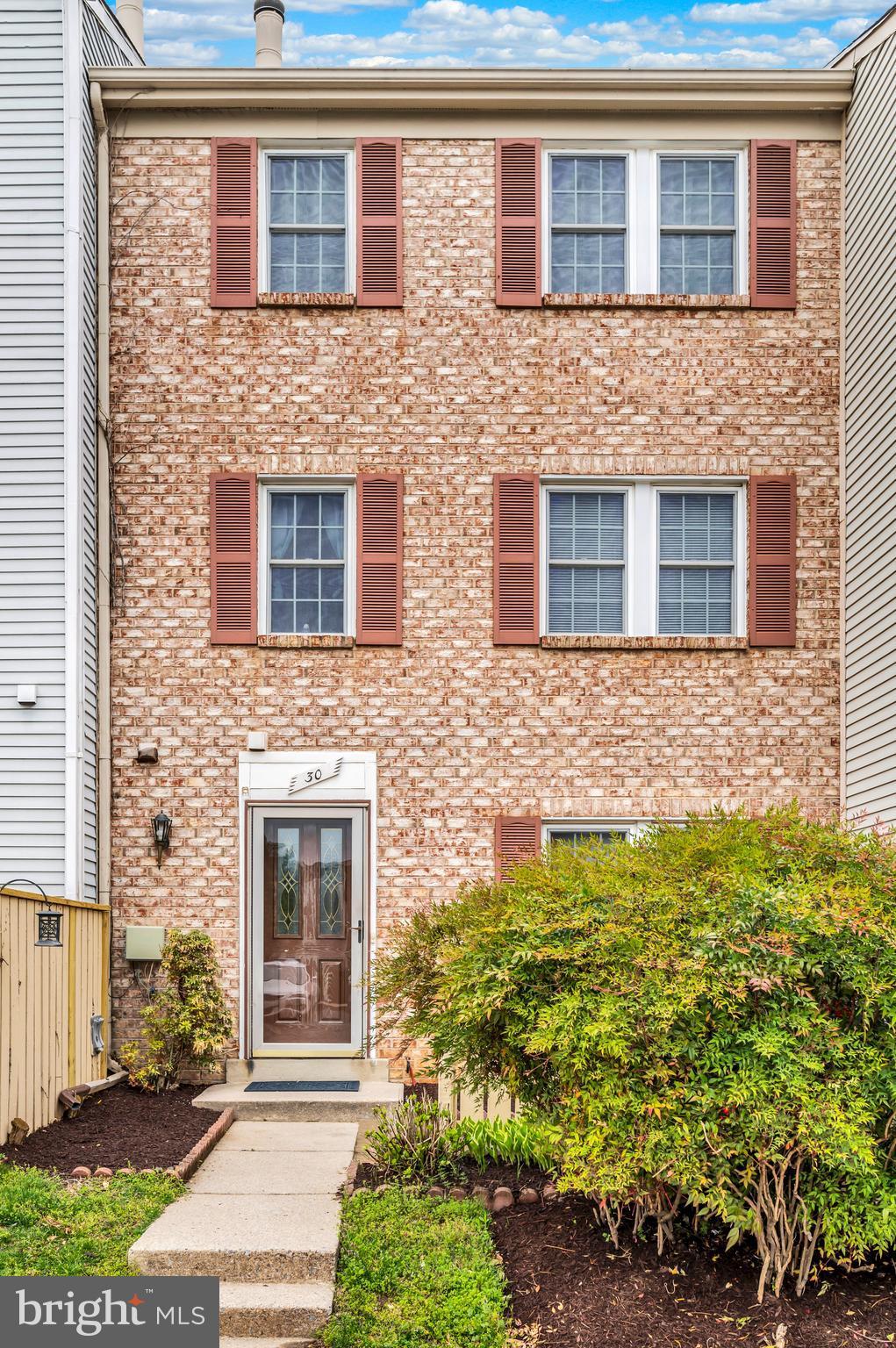 30 APPLEDOWRE COURT, GERMANTOWN, Maryland 20876, 3 Bedrooms Bedrooms, ,3 BathroomsBathrooms,Condominium,For Sale,30 APPLEDOWRE COURT,MDMC755084