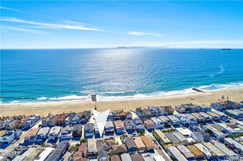 4804 Neptune Avenue, Newport Beach, California 92663, 3 Bedrooms Bedrooms, ,2 BathroomsBathrooms,Single Family,For Sale,4804 Neptune Avenue,1,OC21093287