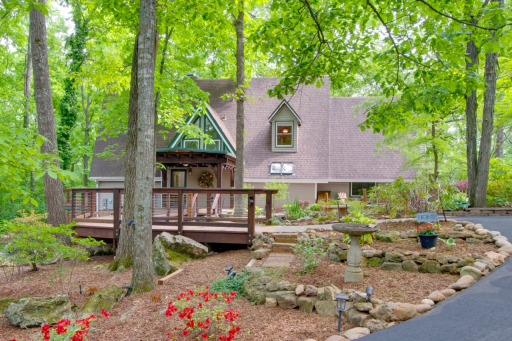 164 Foothill Court, MADISON, Alabama 35758, 4 Bedrooms Bedrooms, ,4 BathroomsBathrooms,Single Family,For Sale,164 Foothill Court,2,1779551