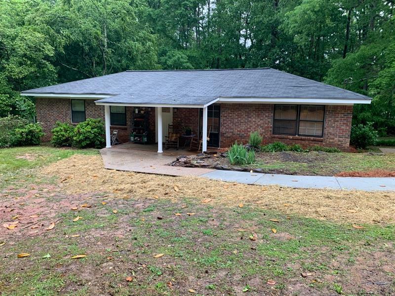 6372 Dorsett Shoals Road, Douglasville, Georgia 30135, 3 Bedrooms Bedrooms, ,2 BathroomsBathrooms,Single Family,For Sale,6372 Dorsett Shoals Road,1,6879354
