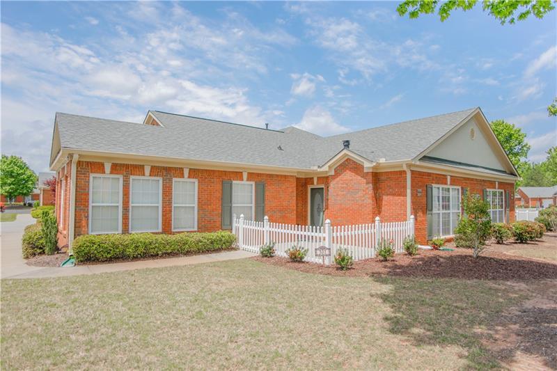119 Holiday Road, Buford, Georgia 30518, 2 Bedrooms Bedrooms, ,2 BathroomsBathrooms,Condominium,For Sale,119 Holiday Road,1,6877534