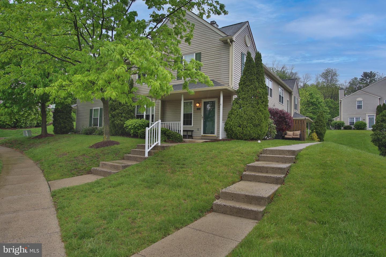 463 STONEGLEN ST, COLLEGEVILLE, Pennsylvania 19426, 3 Bedrooms Bedrooms, ,3 BathroomsBathrooms,Townhouse,For Sale,463 STONEGLEN ST,PAMC691674