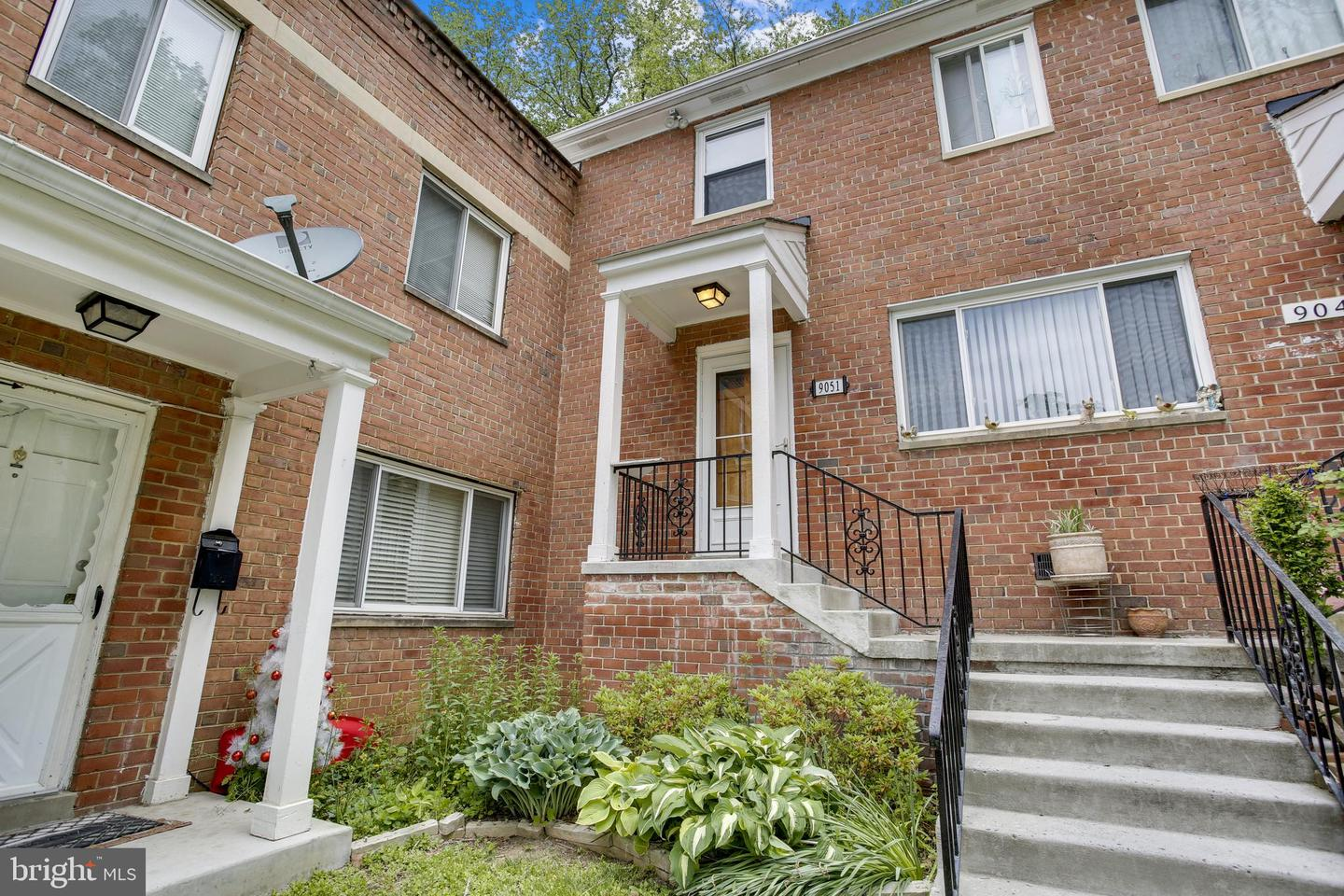 9051 MANCHESTER RD, SILVER SPRING, Maryland 20901, 3 Bedrooms Bedrooms, ,2 BathroomsBathrooms,Common Interest,For Sale,9051 MANCHESTER RD,MDMC756536