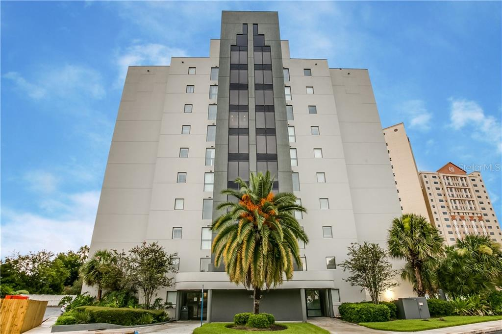 6165 CARRIER DRIVE, ORLANDO, Florida 32819, 1 Bedroom Bedrooms, ,1 BathroomBathrooms,Condominium,For Sale,6165 CARRIER DRIVE,1,O5882827