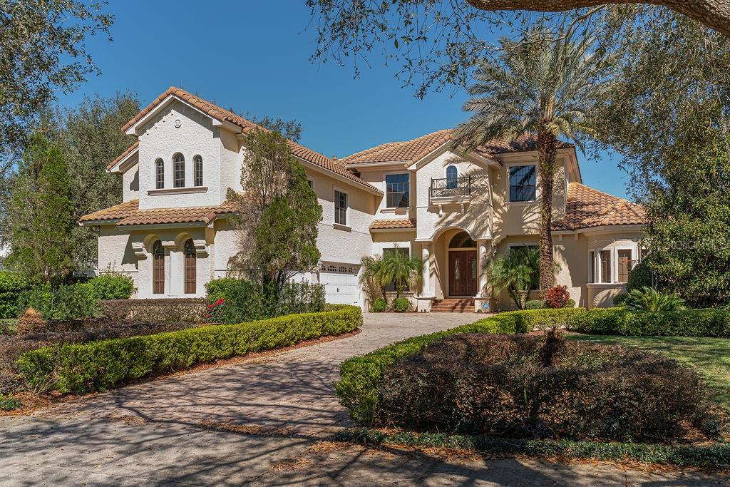 6103 S HAMPSHIRE COURT, WINDERMERE, Florida 34786, 6 Bedrooms Bedrooms, ,6 BathroomsBathrooms,Single Family,For Sale,6103 S HAMPSHIRE COURT,2,O5925723