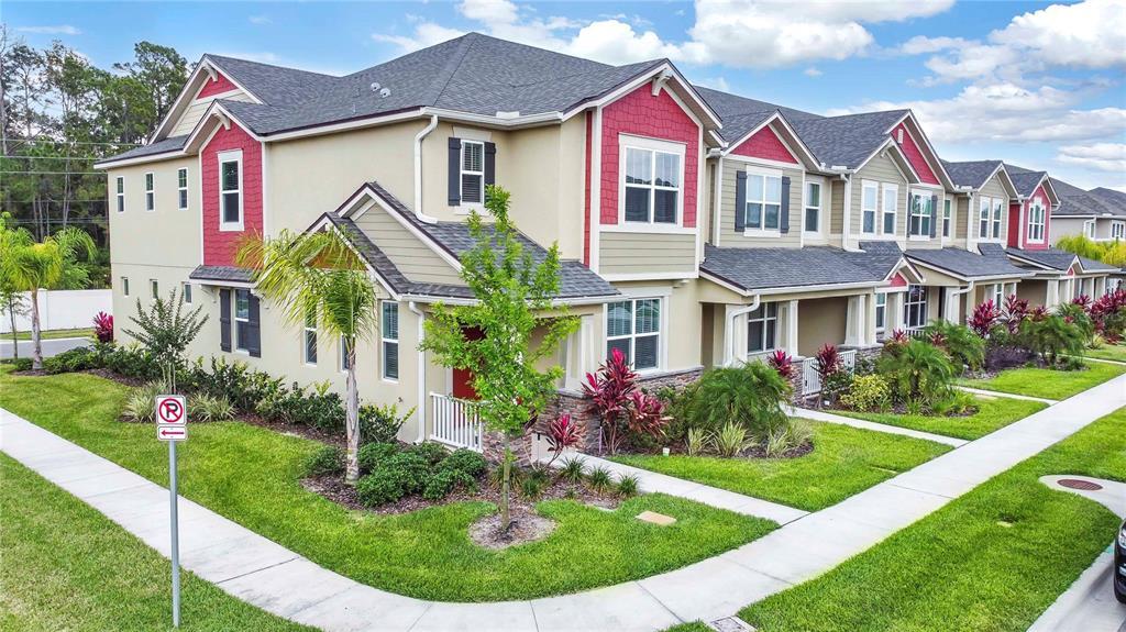 13459 GORGONA ISLE DRIVE, WINDERMERE, Florida 34786, 3 Bedrooms Bedrooms, ,3 BathroomsBathrooms,Townhouse,For Sale,13459 GORGONA ISLE DRIVE,2,O5941771