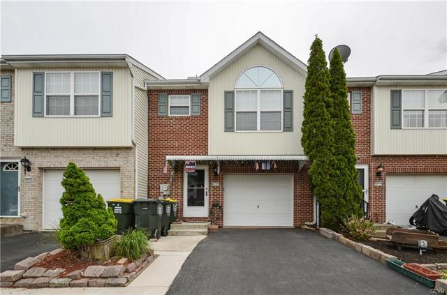 4208 Cheyenne Court, North Whitehall, Pennsylvania 18078, 3 Bedrooms Bedrooms, ,3 BathroomsBathrooms,Townhouse,For Sale,4208 Cheyenne Court,2,667727
