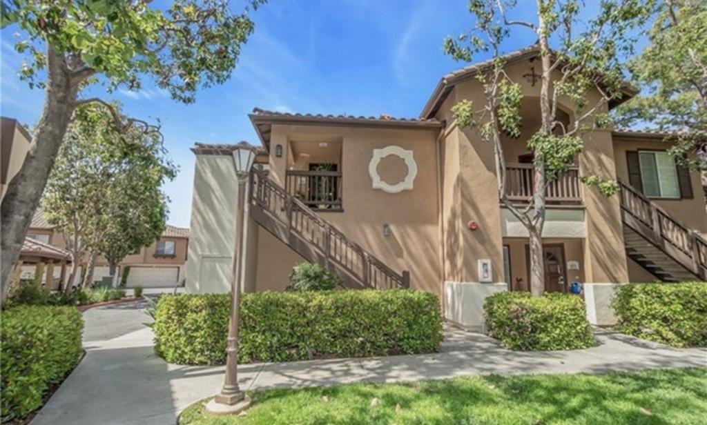 2960 Champion Way, Tustin, California 92782, ,Common Interest,For Sale,2960 Champion Way,PW21070711