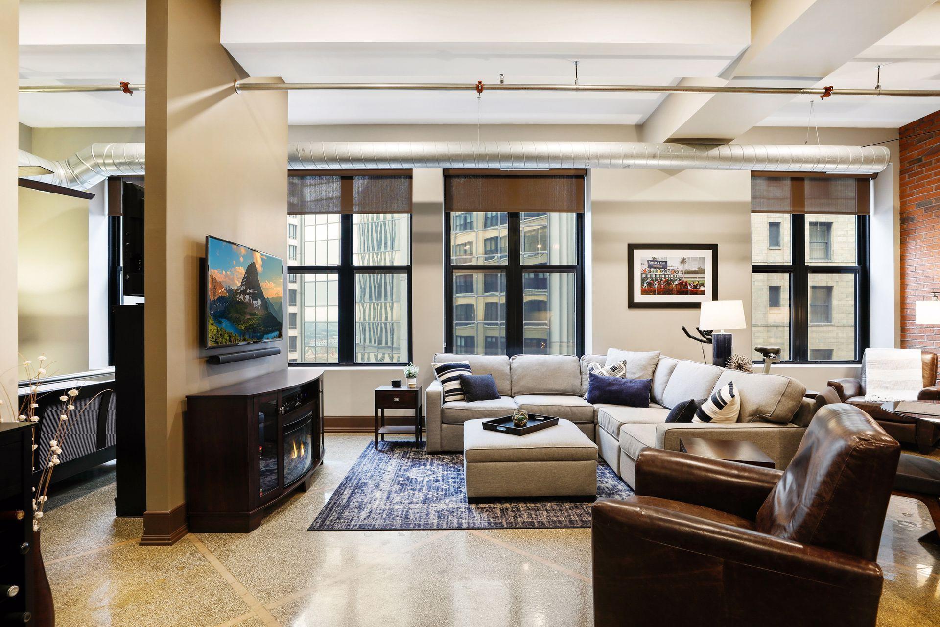 350 Saint Peter Street, Saint Paul, Minnesota 55102, 1 Bedroom Bedrooms, ,1 BathroomBathrooms,Condominium,For Sale,350 Saint Peter Street,5725049