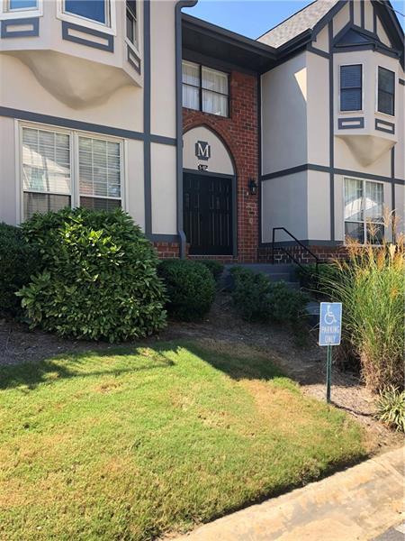 6851 Roswell Road, Atlanta, Georgia 30328, 3 Bedrooms Bedrooms, ,2 BathroomsBathrooms,Condominium,For Sale,6851 Roswell Road,1,6073930