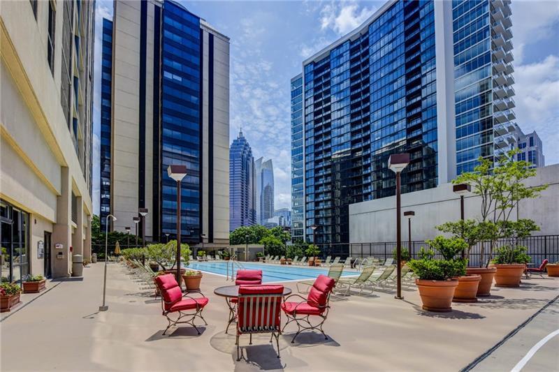 1280 W Peachtree Street, Atlanta, Georgia 30309, 2 Bedrooms Bedrooms, ,2 BathroomsBathrooms,Condominium,For Sale,1280 W Peachtree Street,6896624