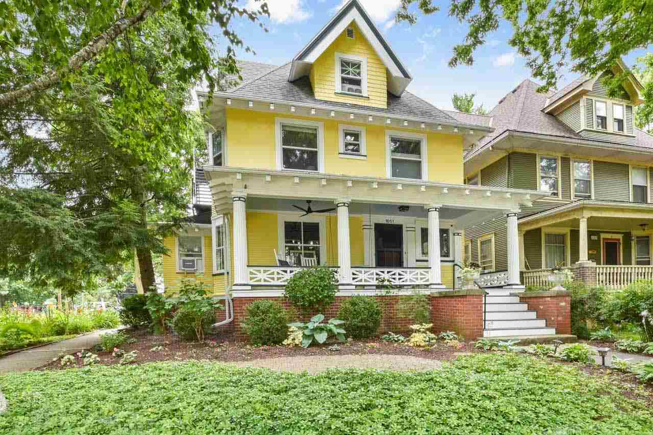 1051 Spaight St, MADISON, Wisconsin 53703, 5 Bedrooms Bedrooms, ,4 BathroomsBathrooms,Single Family,For Sale,1051 Spaight St,2,1915408