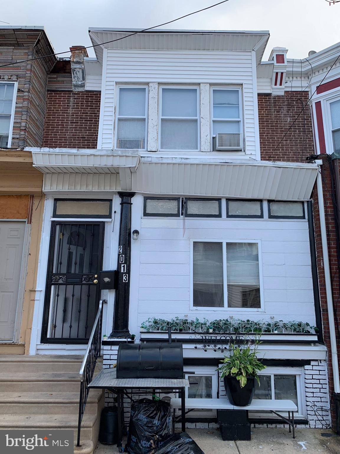 2013 S BONSALL STREET, PHILADELPHIA, Pennsylvania 19145, 3 Bedrooms Bedrooms, ,2 BathroomsBathrooms,Townhouse,For Sale,2013 S BONSALL STREET,PAPH821452