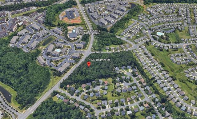 9337 Reames Road, Charlotte, North Carolina 28216, ,Commercial,For Sale,9337 Reames Road,3540772