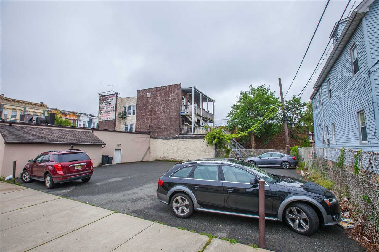 809-811 BROADWAY, Bayonne, New Jersey 07002, ,Lots And Land,For Sale,809-811 BROADWAY,190023725