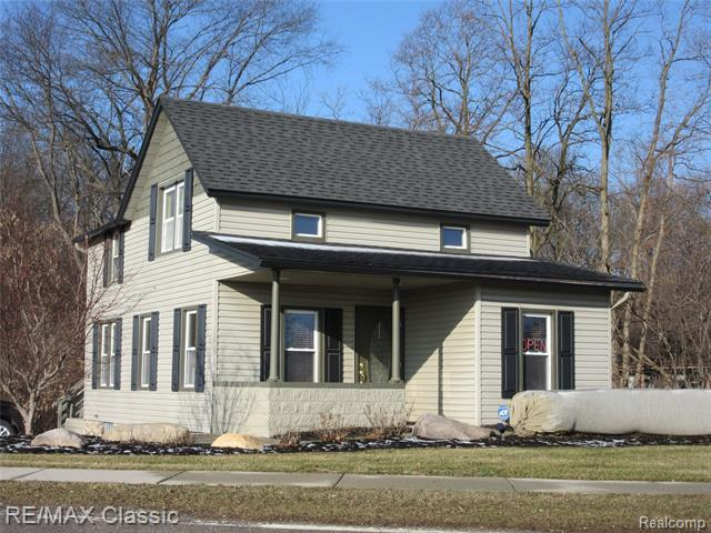 653 HIGHLAND Avenue, Milford, Michigan 48381, ,Commercial,For Sale,653 HIGHLAND Avenue,1.5,2200005964